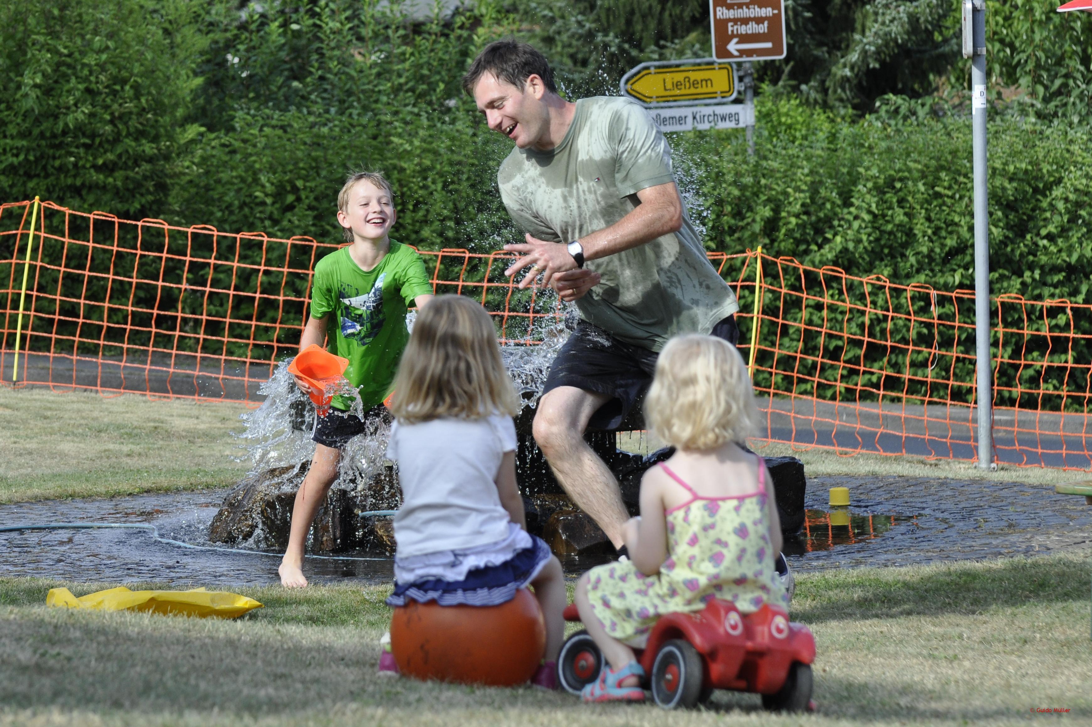 Kinderbelustigung auf dem Sommerfest 2015